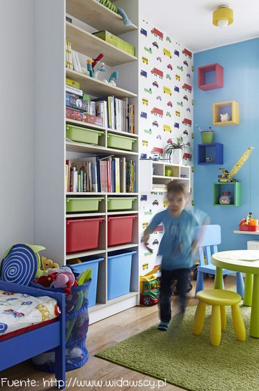 Los dormitorios infantiles son ideales para mezclar colores.