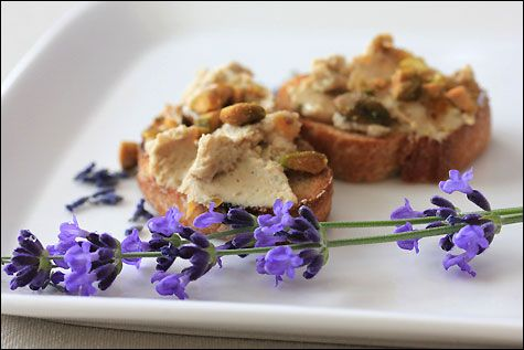 Goat Cheese and Lavender Crostinis | hErbs | Pinterest