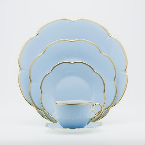 Royal Limoges Nymphea Corolle Bleu Azur Products Fine China Tableware France French Import Only With Images Royal Limoges Blue Dinnerware Fine Dinnerware