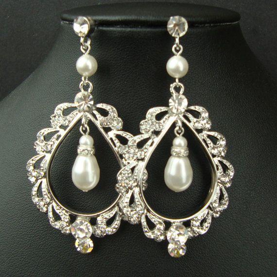Victorian Style Bridal Chandelier Earrings, SIlver Filigree Bridal Wedding Earrings, Statement Bridal Jewelry, Vintage Style Earring, OLIVIA
