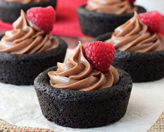 Μπισκοτένια cupcakes με cheesecake Νουτέλας