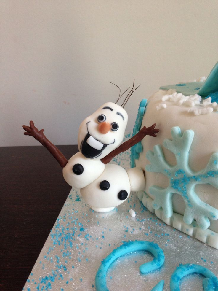 Frozen Cake ❄️Olaf Handmade with sugarpaste