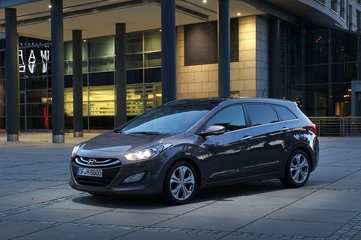 2013 Hyundai i30 Tourer Premium (UK Market)