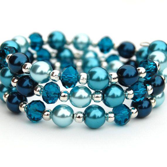 teal aqua & blue bracelet on memory wire $19.00