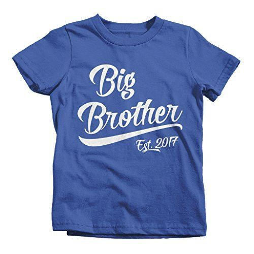 Personalized Boys Big Brother TShirt - This big brother shirt is perfect to get your son excited about becoming a big brother. This t-shirt will be personalized with the year 2017. These personalized