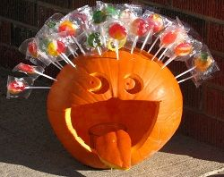 Halloween goodies.....Pumpkin lollipop centerpiece