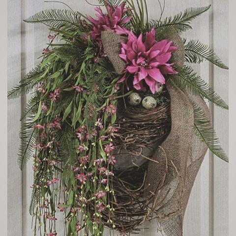 Inspiração! Guirlanda de Porta! @lizemaria #artesã #amoartes #artesanal #artesanato #ninho #casalinda #casadecorada #decor #decoração #flores #flowers #cipó  #juta #guirlandadeporta #home #house #inlove #jardimsecreto #alecrim #lizemaria #lardocelar #outono #perene #paraporta #receberbem #sweethome #wellcome