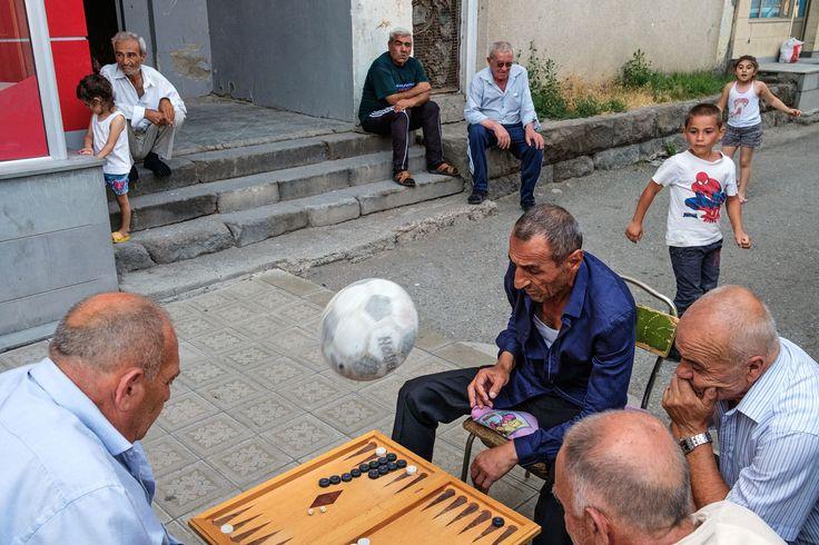 https://flic.kr/p/WHTRhw | Games - Echmiadzin, Armenia | A street scene from Echmiadzin, Armenia. Street photography: www.maciejdakowicz.com/street-photography/