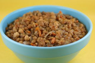 A Year of Slow Cooking: CrockPot Honey Lentils Recipe. Perfect for Lent or any time since I'm a big lentil eater