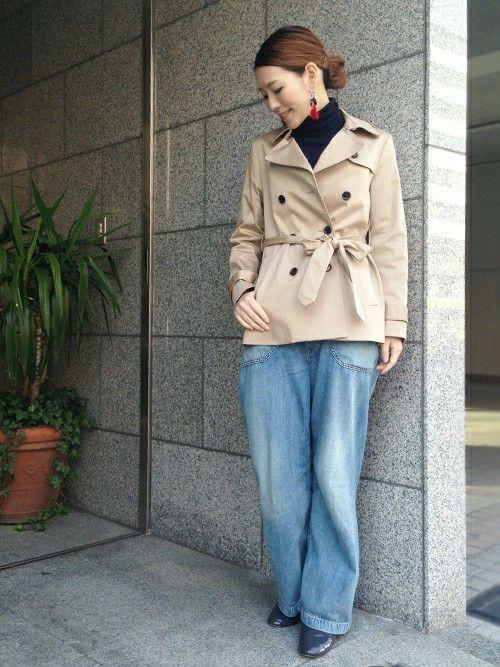 太めデニムで60s風に *レディース秋冬ファッション『ショートトレンチコート』