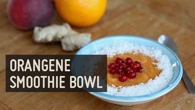 Frühstück aus der Smoothie Bowl: ✓ glutenfrei ✓laktosefrei ✓zuckerfrei …