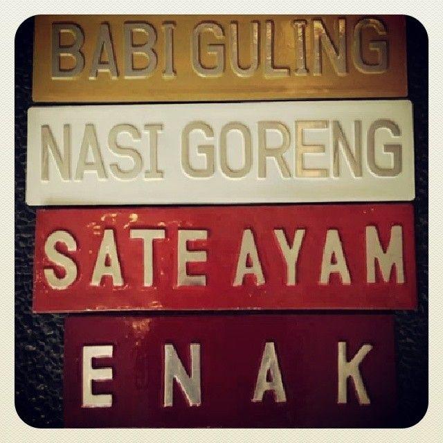 Babi Guling, Nasi Goreng, Sate Ayam, Enak