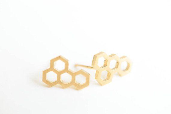 Minimalistic Honeycomb Bee Stud Earrings 18 Gold by MinimalMeow
