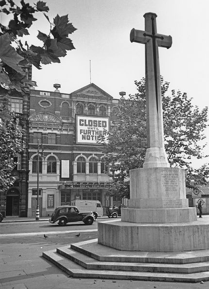 A view across Sloane Square, London in the first week after the outbreak of World War II, September 1939. In the foreground is a war memorial, and opposite is the Royal Court theatre, where a sign has been erected, reading: 'Closed until further notice'. Original publication: Picture Post - 218 - Diary of the War, No 3: The First Week, pub. 23rd September 1939. (Photo by August Darwell/Picture Post/Hulton Archive/Getty Images)