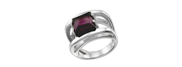 The most popular ring with big and bright amethyst. Totemi, sterling silver
