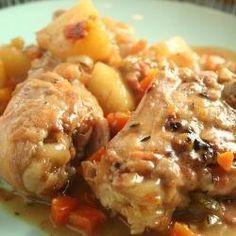 Slow cooker chicken casserole - Happy kids equals happy mum...
