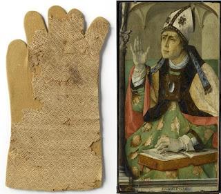 For future reading. Les Petites Mains, histoire de mode enfantine: Histoire du tricot (2) - Du XIVe au début du XVIIe siècle