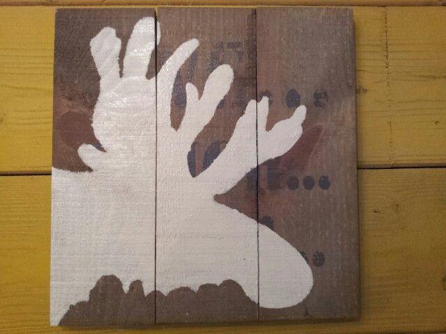 Rendier op sloophout