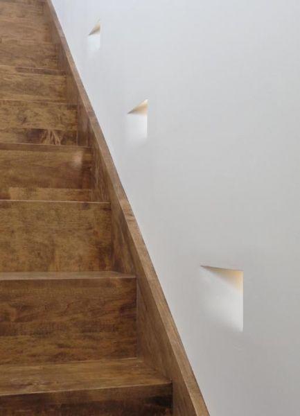 la stretta | Alvaline | Viabizzuno progettiamo la luce