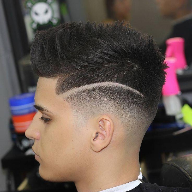 Verblassen Frisur Mit Linie Neue Frisuren Coupe De Cheveux Coupe Cheveux Homme Coupe De Cheveux Homme Degrade Bas