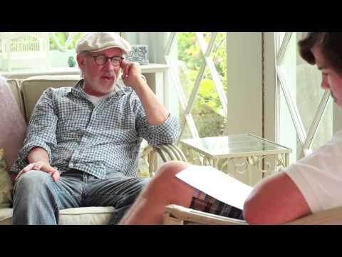 Steven Spielberg discusses his dyslexia for the first time ever, on 12 September, 2012 - YouTube