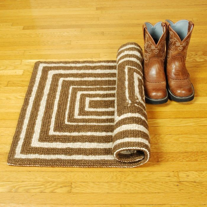 Top 25 Ideas About All Things Locker Hooking On Pinterest