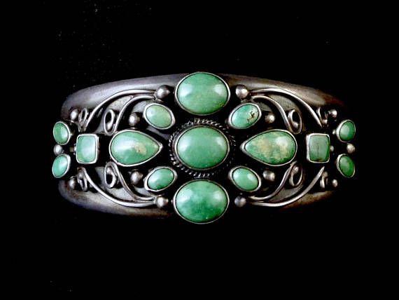 47g Vintage Navajo Sterling Silver Cuff Bracelet w DREAMY Fox #SterlingSilverNativeAmerican