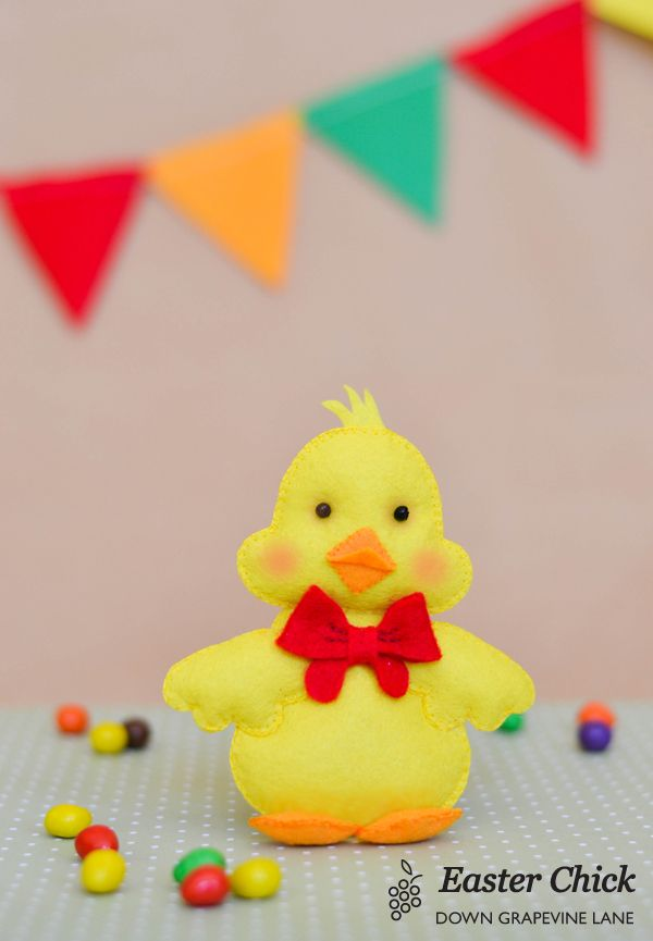 Tutorial: Easter Chick ~ by Down Grapevine Lane