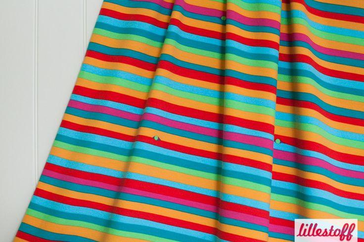 Lillestoff » Pea and Stripes « // hier erhältlich: http://www.lillestoff.com/peaandstripes-1306.html