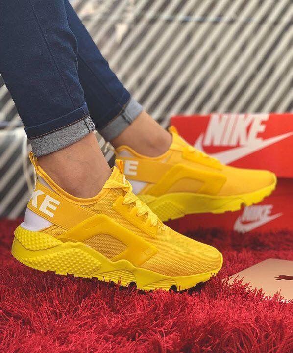 Burgundy sneakers, Yellow sneakers