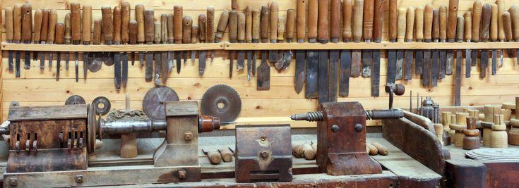 Le bois Tourné : Tournage sur bois, stages et formations de tournage sur bois dans la tradition des tourneurs du Jura et du Haut Bugey