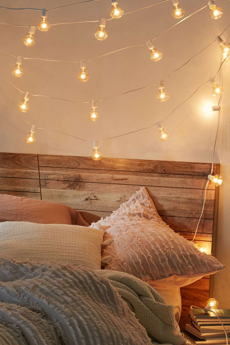 25+ best ideas about String Lights on Pinterest Room lights, Bedroom fairy lights and Room goals