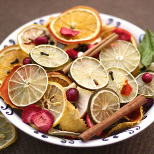 Dried fruit potpourri infuses your home with a zesty scent