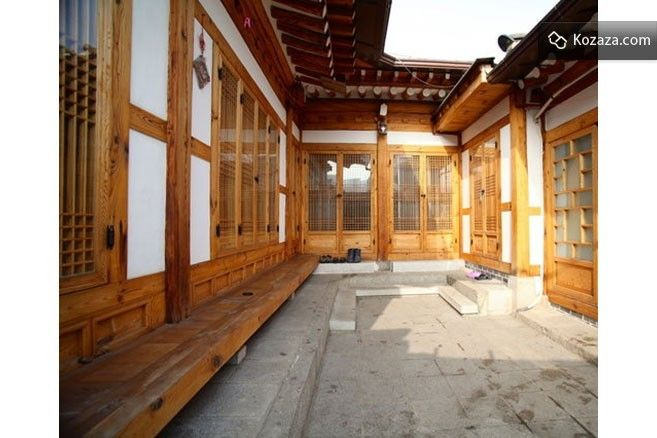 Bukchon Guesthouse 3- Triple B room