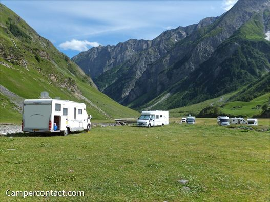 Camperplaats Bourg St Maurice (Parking Les Chapieux) | Campercontact