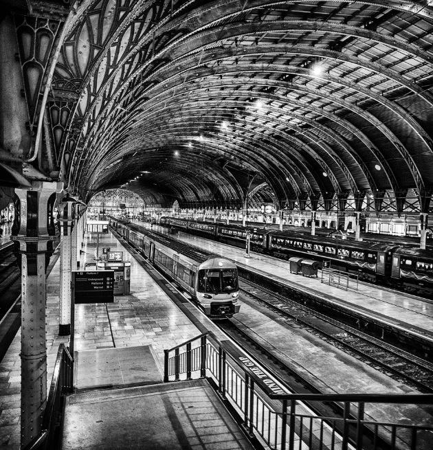 Paddington Station London #bw @blackwhitepins