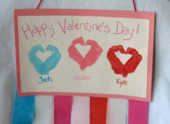 cute family valentine: Valentines Crafts, Hands Prints, Crafts Ideas, Crafts Cards, Handprint Heart, For Kids, Valentines Day Crafts, Valentines Cards, Valentines Day Cards