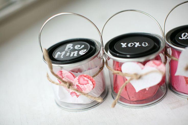 Valentines: Valentines Diy, Valentines Buckets, Gifts Ideas, Adorable Gifts, Valentines Day, Valentines Gifts, Twenties Toe, Gifts Buckets, Buckets Valentines