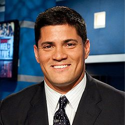 Tedy Bruschi visited West Hartford, CT Besito and he was as kind & nice as his smile!!! Thank you for joining us Tedy and Patriots fans thank you for helping them to join so many superbowls!!! :)