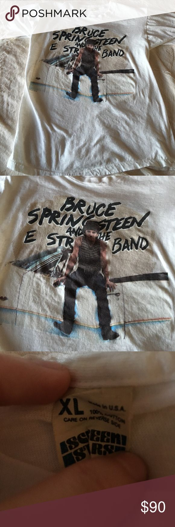 BRUCE SPRINGSTEEN VINTAGE TOUR TEE❤ Bruce Springsteen tour shirt. Size XL but is like a large. Can fit a medium and small with a bit of an oversized look. Can tie up for cute look. Vintage 100% authentic my father went to the concert! Vintage Tops Tees - Short Sleeve