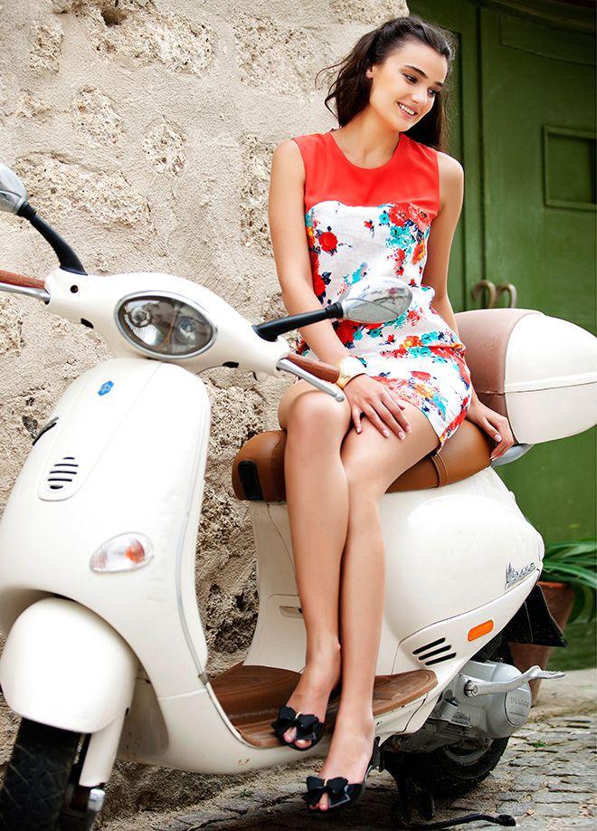 Merve Büyüksaraç Elbise Markafoni'de 87,00 TL yerine 34,99 TL! Satın almak için: http://www.markafoni.com/product/4463840/ 456258den