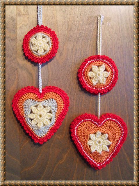 Free Ravelry Crochet Pattern: Springtime in my Heart pattern by Daniela Herbertz...unusual heart pattern, love the border!