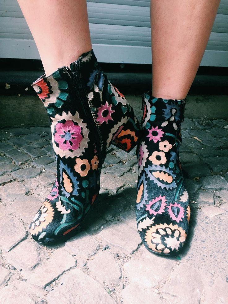 OUTFIT // Blumen für die Füße von AGL Shoes (Jane Wayne News)