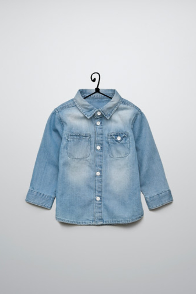 Our denim shorts, jeans and jackets are designed for durability, while giving your kids a classic look that never goes out of style. Old Navy Kids Clothes Style Tips It is easy to build an entire wardrobe from the kids clothes collection at Old Navy.