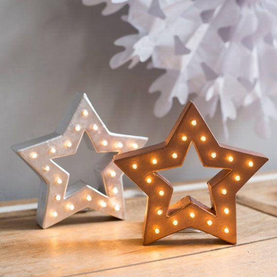 Autostable étoile de Noël en forme de lumière lettre de renom - fonctionnant sur batterie