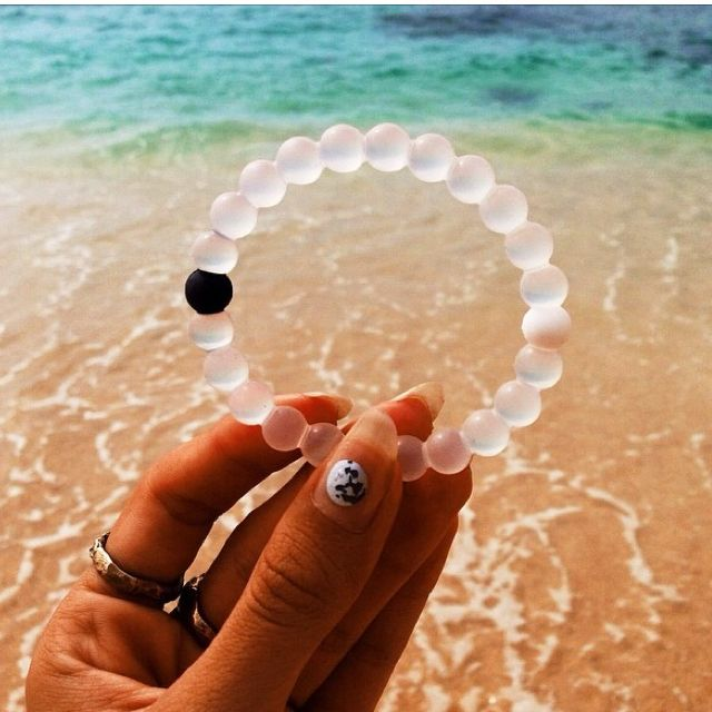 Live Lokai bracelets make awesome holiday gifts for traveling friends!