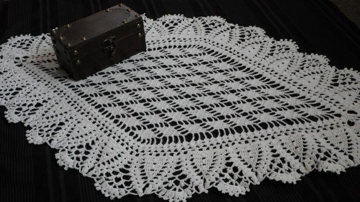 Cubre bandeja en crochet con hermosa forma romboidal. Breakfast sheet cover.