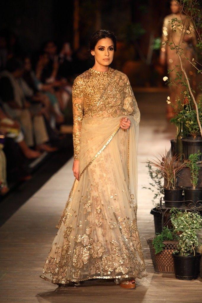Gold & Cream Sparkly Sabyasachi #Saree. Sabyasachi Shimmery Gold #Lehenga. Image: Dwaipayan Mazumdar/Vogue.