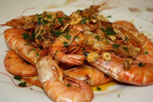 Langostinos al Ajillo Te enseñamos a cocinar recetas fáciles cómo la receta de Langostinos al Ajillo y muchas otras recetas de cocina..
