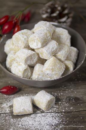 """Questi biscotti """"Pezzi di Sogno o Traumstücke""""li avevo visti qualche anno fae oggi provati. Questi biscotti profumano di vaniglia"""